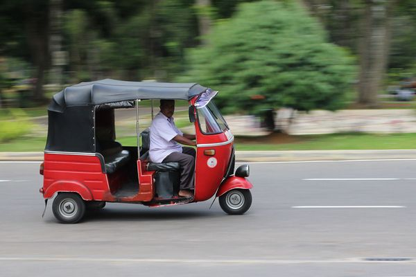 Tuk-tuk, Three Wheeler or Motorized Rickshaw: Cute and Cheap Asian Taxi